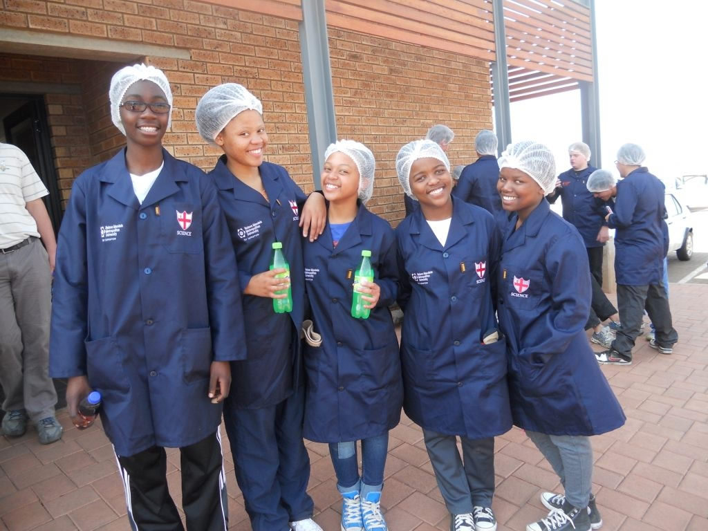 middelburg girls Bernina middelburg closed bernina rsa want to partner with you to give girls and women the sense of dignity and productivity they need.