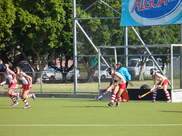 hockey_clarendon03